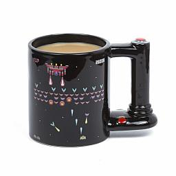 Taza Retro Arcade sensitiva al calor